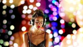Beautfiul DJ femenino almacen de video