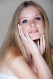 beautful白肤金发的妇女 免版税库存图片