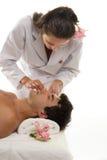 Beautician com cliente masculino Imagem de Stock