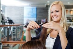 Beautician At Parlor Royalty Free Stock Photography