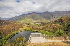 Beautifu在Wanaka,新西兰附近的Diamond湖 免版税库存图片