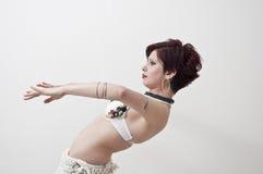 beautifu部族的肚皮舞表演者 库存图片