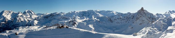 Free Beautiful Alpine Panoramic View Snow Capped Mountains. Winter Mountain Scenery Stock Images - 138032084
