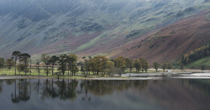 Beautiful Autumn Fall landscape image of Lake Buttermere in Lake Royalty Free Stock Image