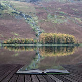 Beautiful Autumn Fall landscape image of Lake Buttermere in Lake Stock Photos