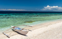 Beautiful beach against seaview with boat at Balicasag island Royalty Free Stock Photos