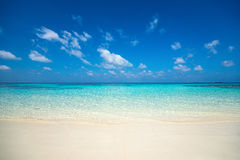 Beautiful beach and tropical sea Royalty Free Stock Photography