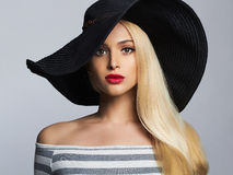 Beautiful blond woman in hat. summer fashion beauty girl Royalty Free Stock Photography