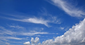 Beautiful blue sky with cumulus and cirrus clouds Royalty Free Stock Photos