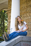 beautiful books flower woman young Royaltyfri Bild