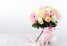 Bouquets of roses and ribbon Royalty Free Stock Photos