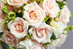 Beautiful bridal bouquet of roses at a wedding Royalty Free Stock Images