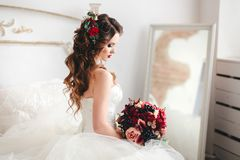 Beautiful bride portrait with bright make-up Royalty Free Stock Photos