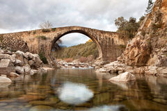 Beautiful bridge with a clear river Royalty Free Stock Photos
