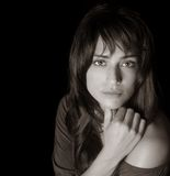 Beautiful Brunette Woman With Hand Under The Chin Royalty Free Stock Photos