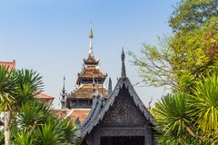 Beautiful Burmese style Buddhist church in Wat Chedi Luang, Chiang Mai, Thailand. Many of the regions temples are built in Lanna,. Thai, and Burmese style stock images