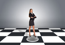 Beautiful businesswoman standing with crossed arms Stock Photography