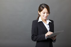 Beautiful  businesswoman using tablet pc Royalty Free Stock Images