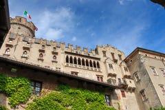 Beautiful Castello del Buonconsiglio en Trento, Italia imagen de archivo