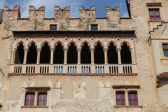 Beautiful Castello del Buonconsiglio en Trento, Italia imágenes de archivo libres de regalías