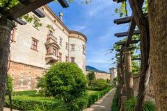 Beautiful Castello del Buonconsiglio en Trento, Italia imagenes de archivo
