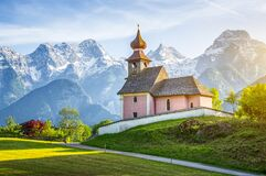 Free Beautiful Chapel Auer Kircherl In The Alps At Sunset Royalty Free Stock Photo - 177848485