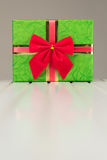 Beautiful Christmas gift box with reflection Royalty Free Stock Photos