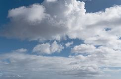 Beautiful cloudscape in blue sky background Royalty Free Stock Photos