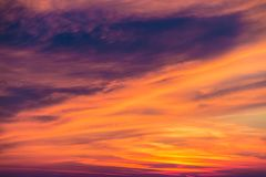 Scarlet sunset with beautiful clouds Royalty Free Stock Photos