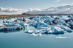 Beautiful cold landscape picture of icelandic glacier lagoon bay, Stock Photography