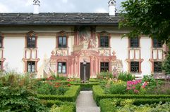 Beautiful colourful house and garden, Oberammergau Stock Photos