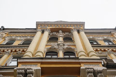 Free Beautiful Columns On The Facade Of The Historic Architectural Building Royalty Free Stock Images - 82944209