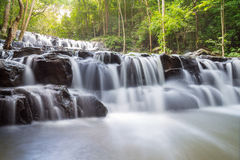 Beautiful deep forest waterfall at Sam lan waterfall National Park Royalty Free Stock Photos