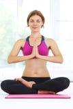 beautiful doing woman yoga young Arkivfoto