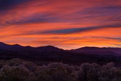 Beautiful dramatic sunset over Hungry Valley, California Stock Photography