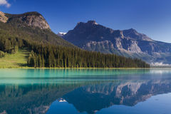 Beautiful emerald lake in the morning light Royalty Free Stock Photo