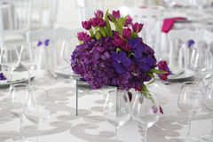Beautiful flower bouquet decoration on wedding table Stock Photography