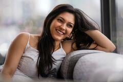 Free Beautiful Friendly Smiling Indian American Woman With Perfect White Teeth Smile, Relaxed, Casual, Home Life Royalty Free Stock Photography - 170231427