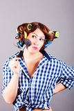 Beautiful girl applying mascara Stock Photography