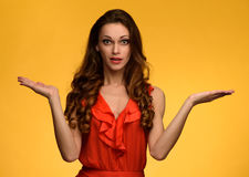 Free Beautiful Girl Don`t Know What To Do Royalty Free Stock Photo - 85529155