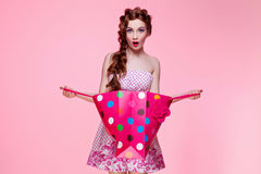 Beautiful girl with shopping bag Royalty Free Stock Photos
