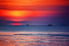 Free Beautiful Golden Sunset Landscape, Orange Sky, Blue Sea, Yellow Sun, Sunset Ocean Beach, Scenery Seascape, Thailand, Samui Island Royalty Free Stock Images - 198090209