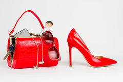 Beautiful handbag with women's accessories. Royalty Free Stock Images