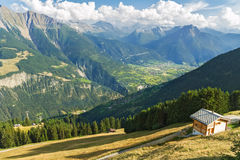 Beautiful idyllic mountains landscape with country house (chalet) in summer Royalty Free Stock Photography