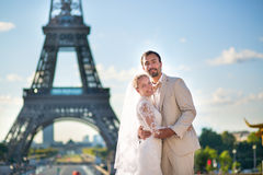 Beautiful just married couple in Paris Royalty Free Stock Photos