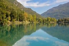 beautiful Lago di圣诞老人Massenza湖在圣诞老人Massenza,特伦托 库存照片