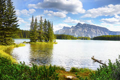 Beautiful lake in Canadian Mountains Royalty Free Stock Photos