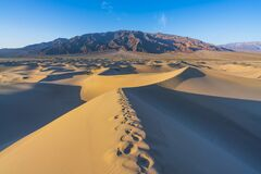 Free Beautiful Landscape  Of  Mesquite Flat Sand Dunes. Death Valley National Park, California, USA Royalty Free Stock Image - 181034026