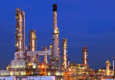 Beautiful lighting of oil refinery plant in petrochemical heavy Royalty Free Stock Photos