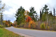 Free Beautiful Michigan October Fall Scenic Twisty Road Stock Photos - 196242183